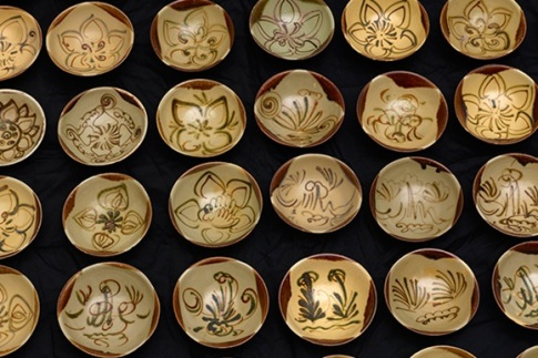 ceramic bowls from the Changsha kilns , Hunan