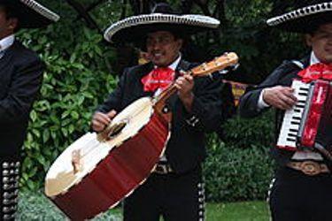 Mariachi musicians (wikipedia)