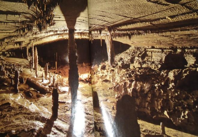 Iron hoop cave Alabama (2).JPG